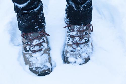 skor med värmeslingor
