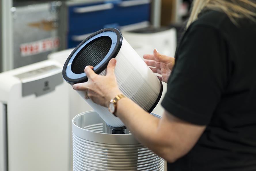 Laboratoriet undersöker hur enkelt det är att rengöra och byta filter. Foto: Redshift Photography