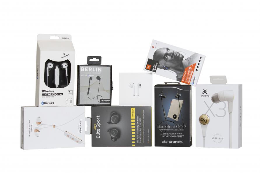 Testfakta test åtta trådlösa in-ear-hörlurar. Apple AirPods bäst i test.