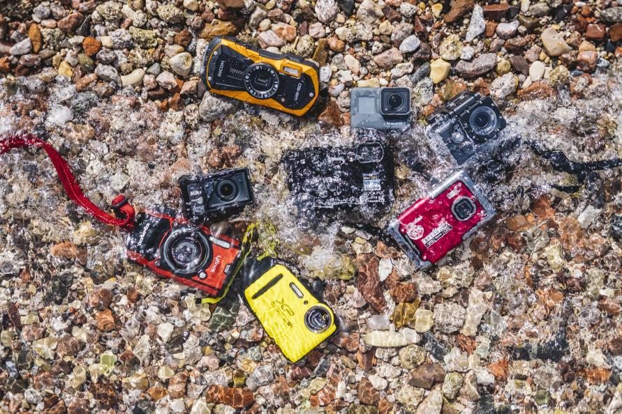 Kamerorna i testet kostar mellan 700 och 4 000 kronor och klarar mellan 3  och 30 meters vattendjup. Foto  Ola Jacobsen 848febeaf9e4c